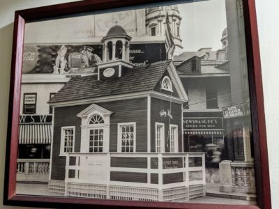 York Courthouse Replica to Sell War Bonds